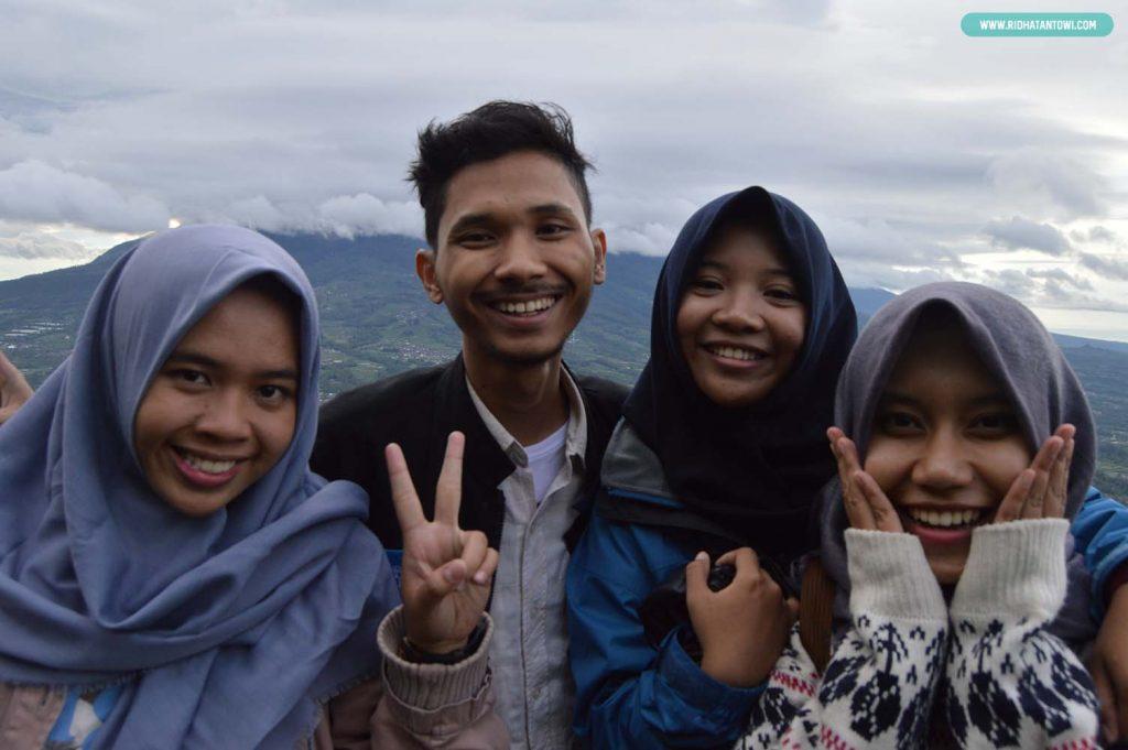 foto-bersama-gunung-yogyakarta