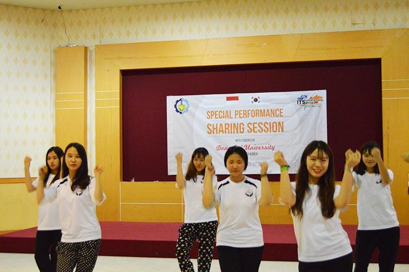 mahasiswa-korea-di-indonesia